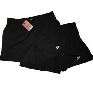 2 new pair of women's Nike active shorts in Medium